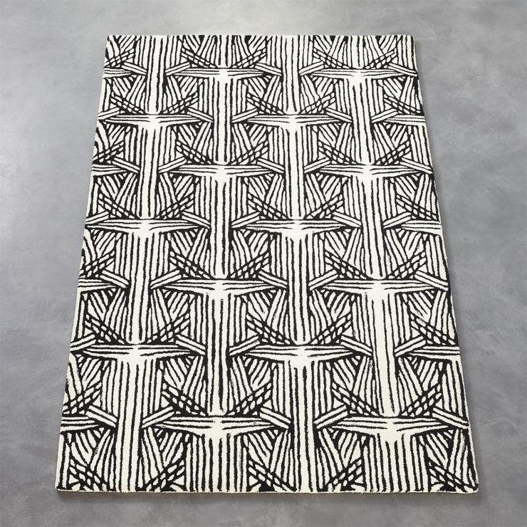 Plait black white rug