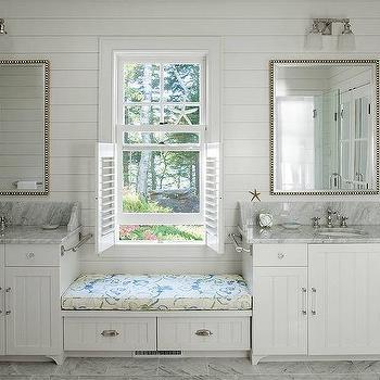 Bathroom Beadboard Storage Bench Design, White Bathroom Bench With Storage