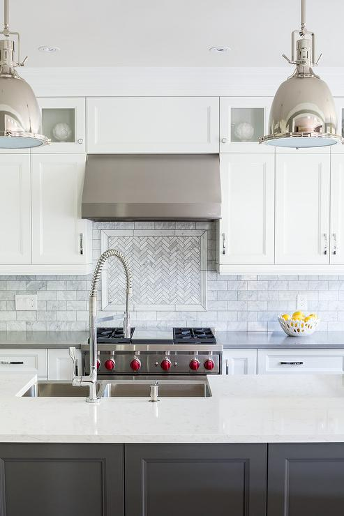 Backsplashes For White Cabinet Kitchens Pictures