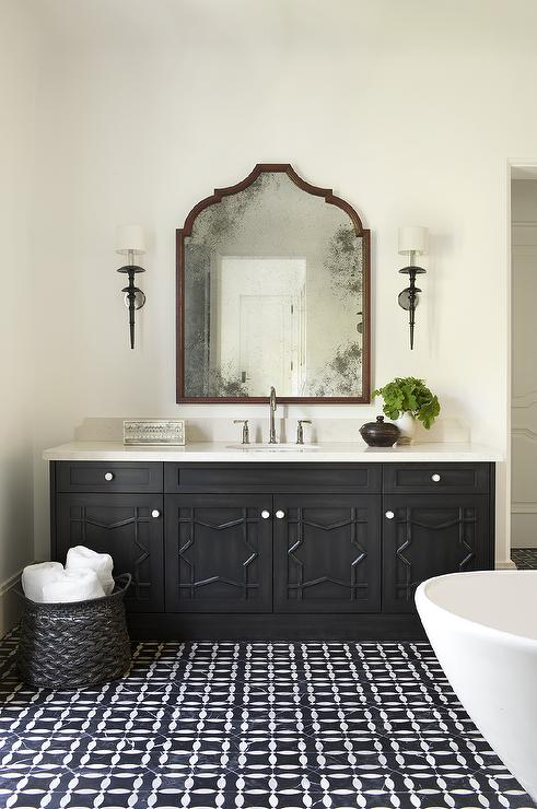 Black moroccan star washstand with black and white mosaic for Black and white bathroom vanity