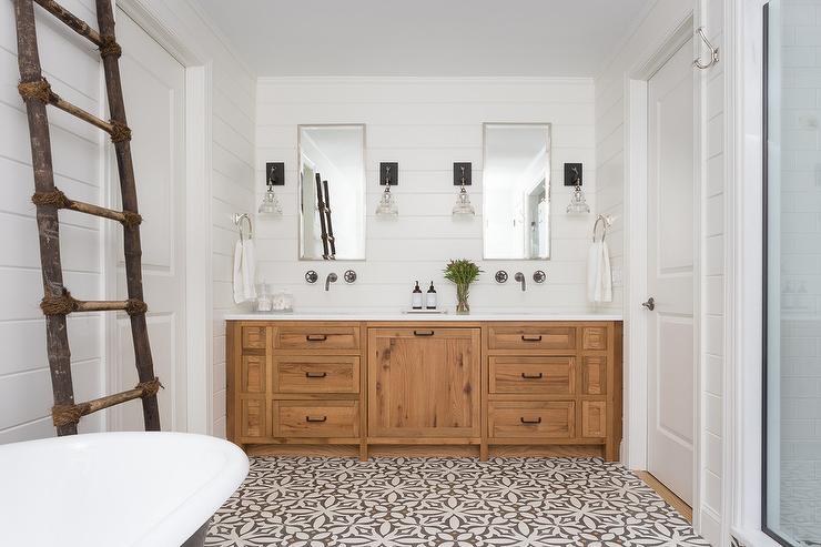 white shiplap bathroom with gray slate herringbone floor. Black Bedroom Furniture Sets. Home Design Ideas