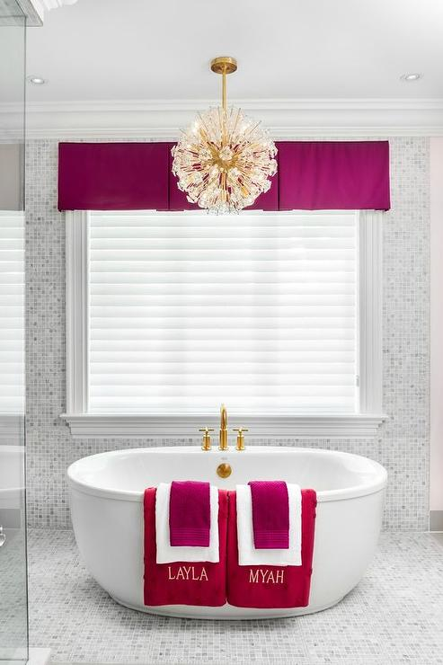 Fuschia Bathroom Accents Contemporary Bathroom