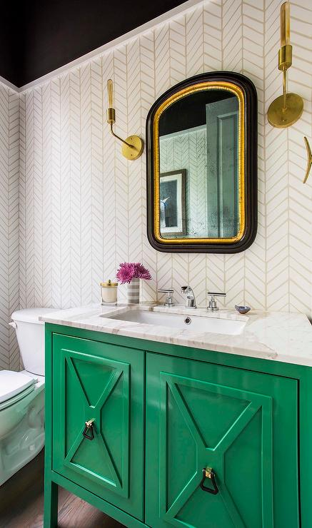 Emerald green bathroom images for Green and cream bathroom ideas