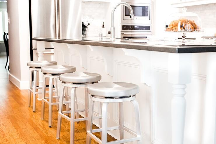 Swivel Backless Aluminum Island Stools