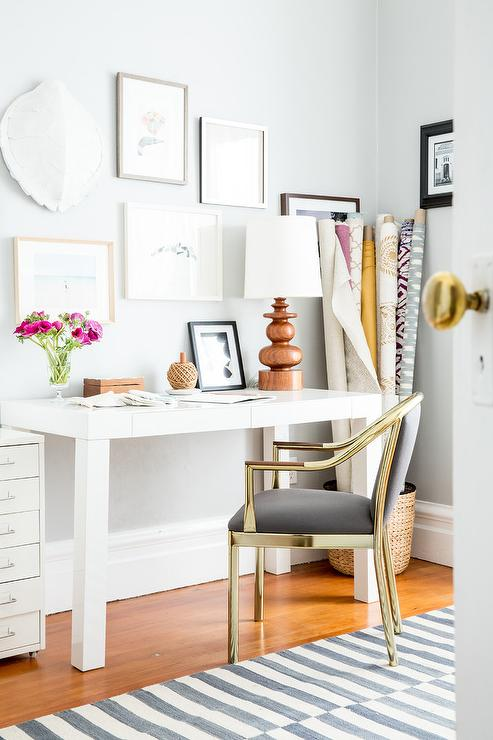 Superieur White Parsons Desk With Gold And Gray Chair