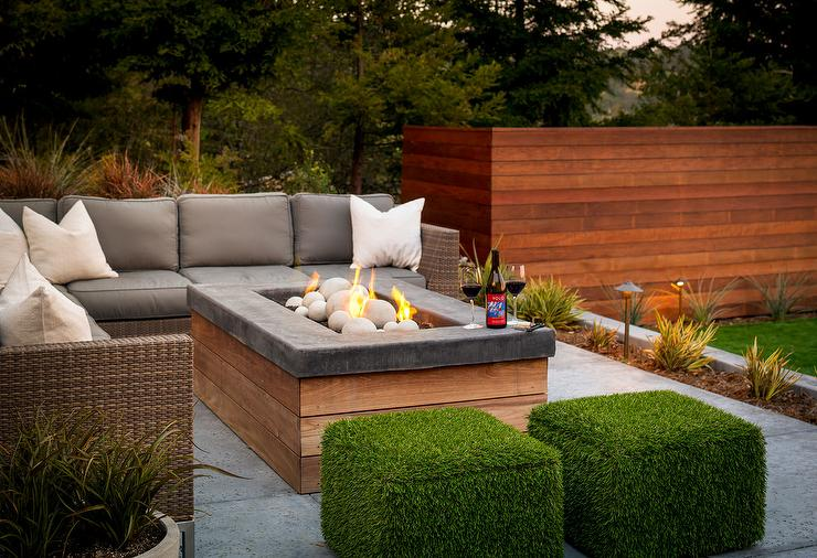 grass patio ottomans transitional deck patio. Black Bedroom Furniture Sets. Home Design Ideas