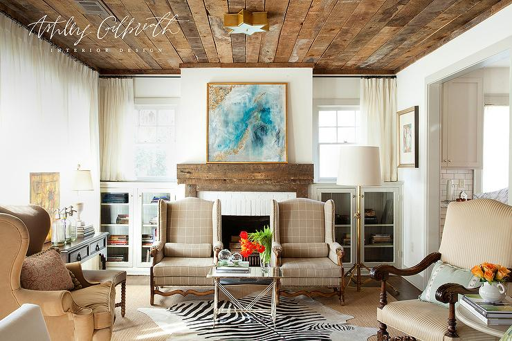 Prime Reclaimed Wood Fireplace Mantle Cottage Living Room Interior Design Ideas Tzicisoteloinfo