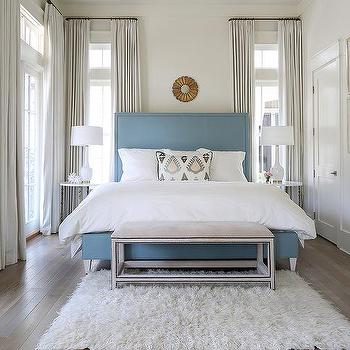 Round mirror over bed design ideas for Small mirrors above bed