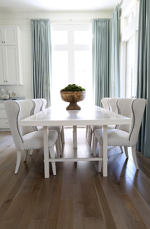 Bon White Lacquered Dining Table With White Wingback Dining Chairs