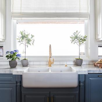 Benjamin Moore Courtland Blue Design Ideas