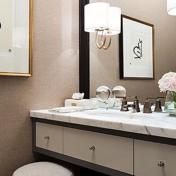 Light Gray Vanity Chair : Round Gray Vanity Mirror Design Ideas