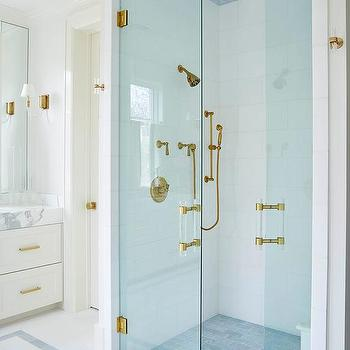 Large White Staggered Shower Wall Tiles Design Ideas
