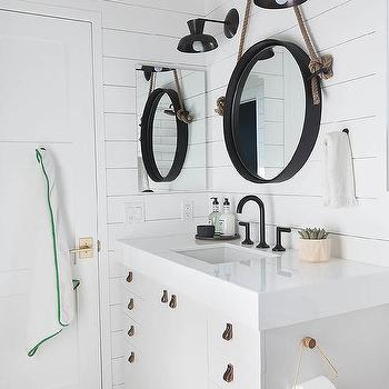 Elegant Black Leather Pulls On White Washstand