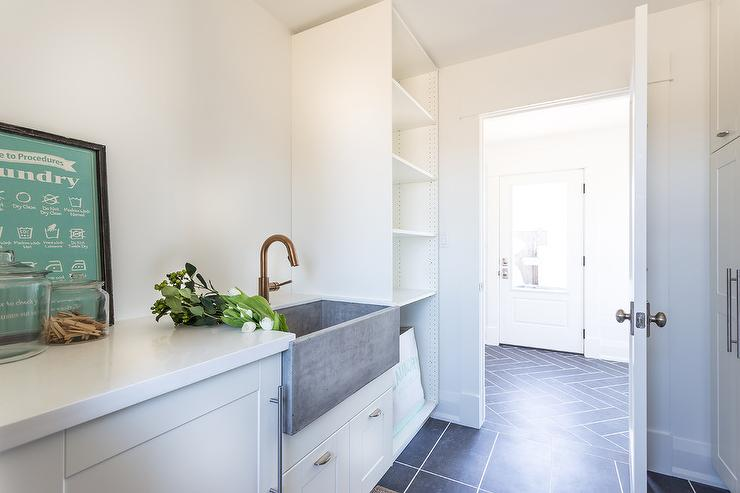 Concrete Apron Sink