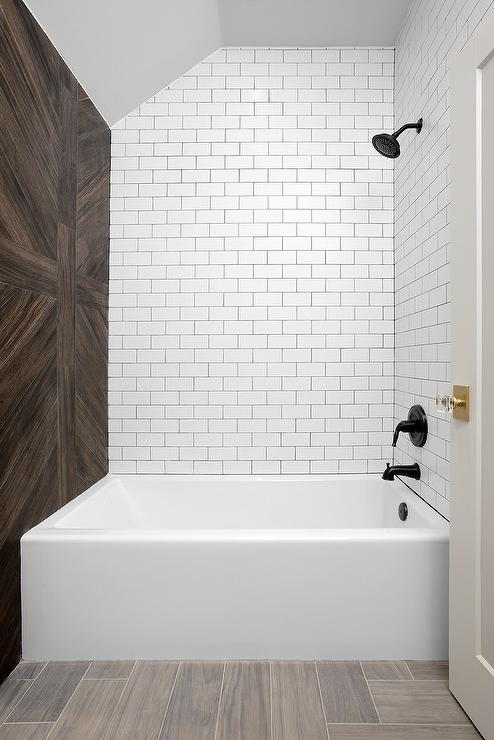 Wood Herringbone Bathtub Partition Wall