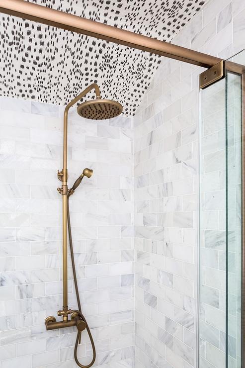 Brushed Gold Rain Shower Head Design Ideas