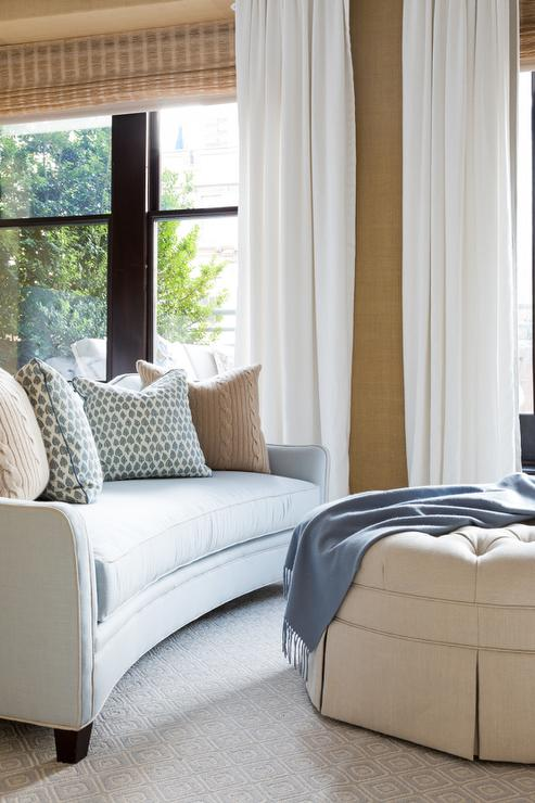 Surprising Ottoman At Foot Of Bed Design Ideas Bralicious Painted Fabric Chair Ideas Braliciousco