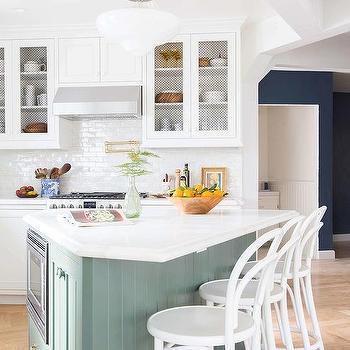 Triangular Shaped Kitchen Island Design Ideas