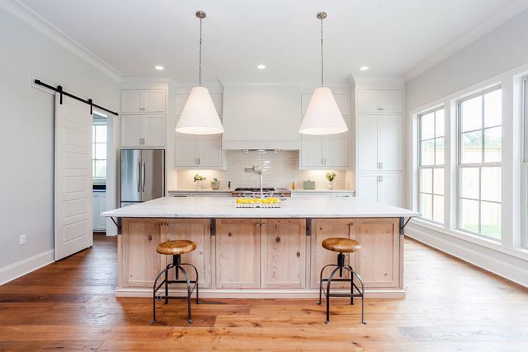 Knotty Oak Cabinets