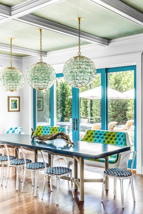 Blue And Green Dining Room Accents Design Ideas