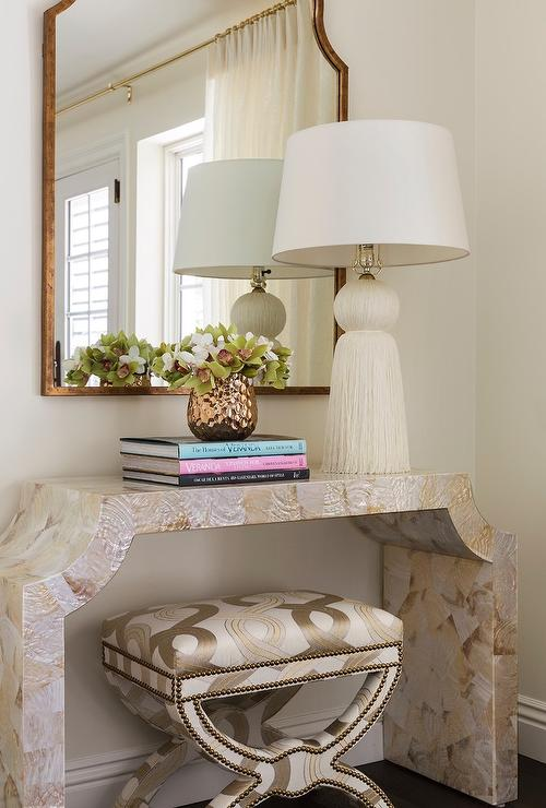 Lacquered Mosaic Console Table With White Tassel Lamp