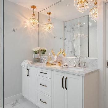 Chandeliers Over Dual Bath Vanity Design Ideas