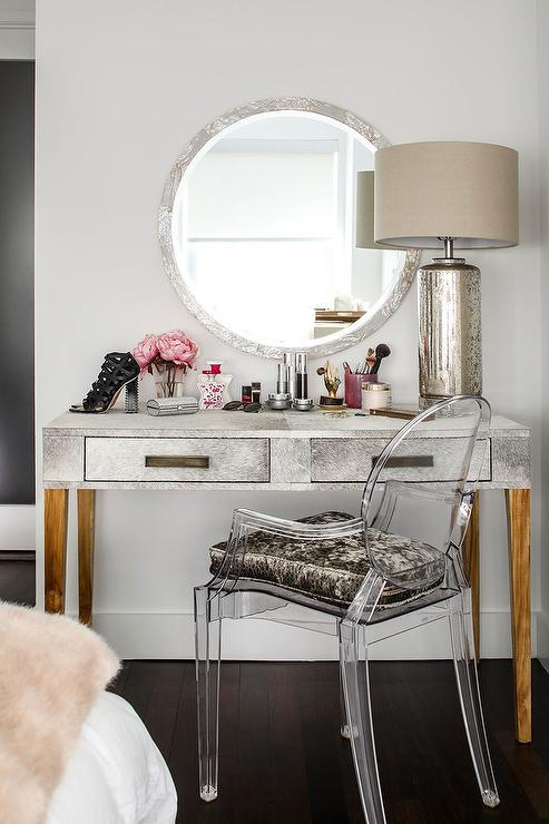 Chairs For Makeup Vanity. Round Silver Mirror with Makeup Vanity  Contemporary Bedroom