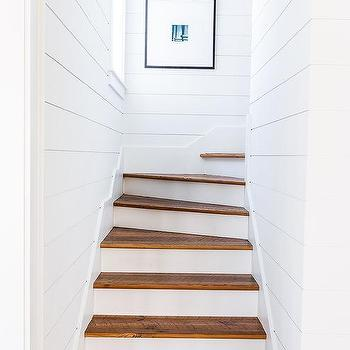 Alyssa Rosenheck: White Shiplap Cottage Staircase Walls
