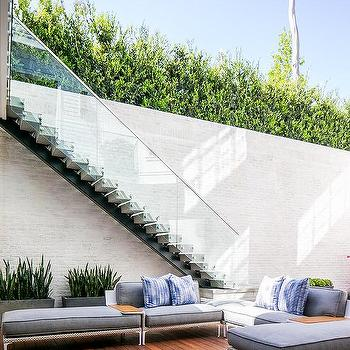 Glass Deck Staircase Design Ideas