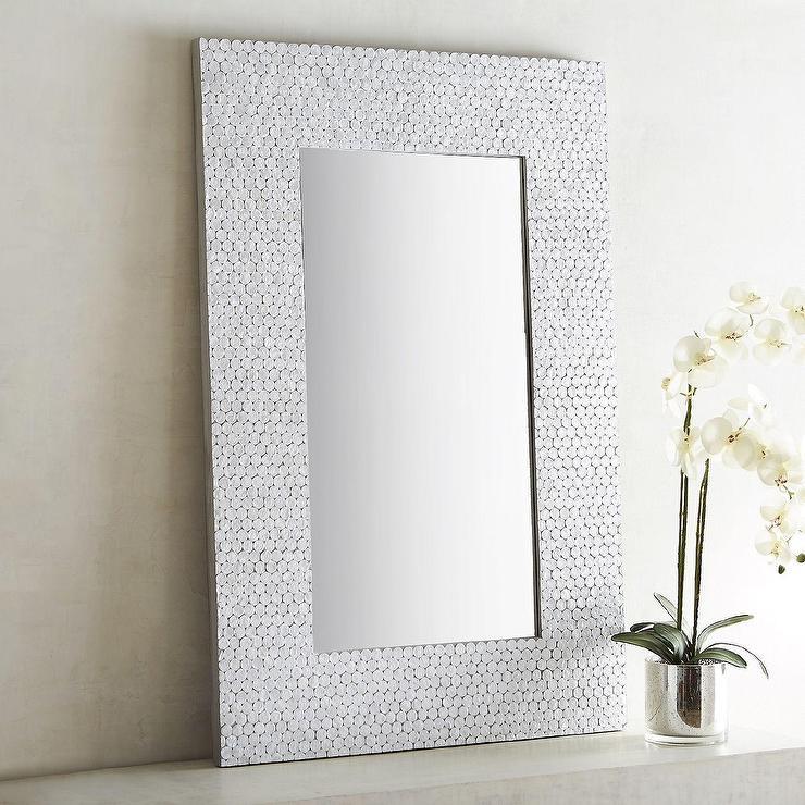 Shimmer White Capiz Mosaic Round Mirror