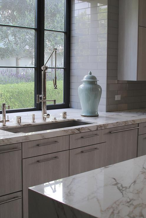 Waterstone Contemporary Gantry Pull Down Faucet - Transitional ...