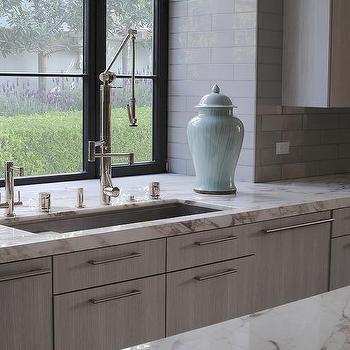 Marble Tiles Around Kitchen Window Design Ideas