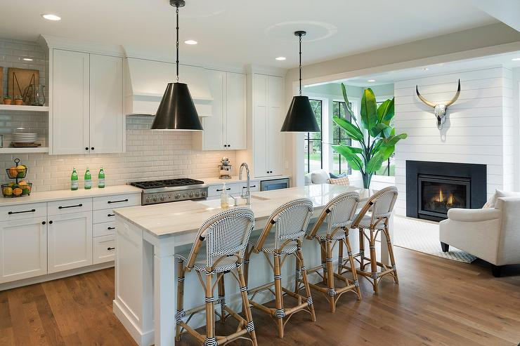 Black Cone Light Pendants With White Center Island