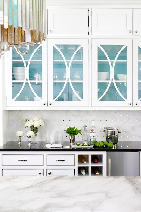 White Marble Diamond Pattern Tiles - Contemporary - Kitchen