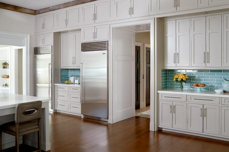 Light Gray Cabinets With Linear Aqua Backsplash