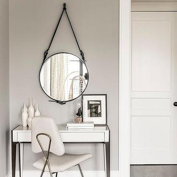 Mirror Above Bedroom Vanity Table Design Ideas