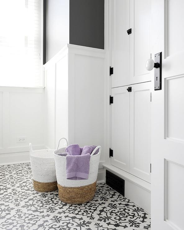 Two Tone Floor Tiles Design Ideas
