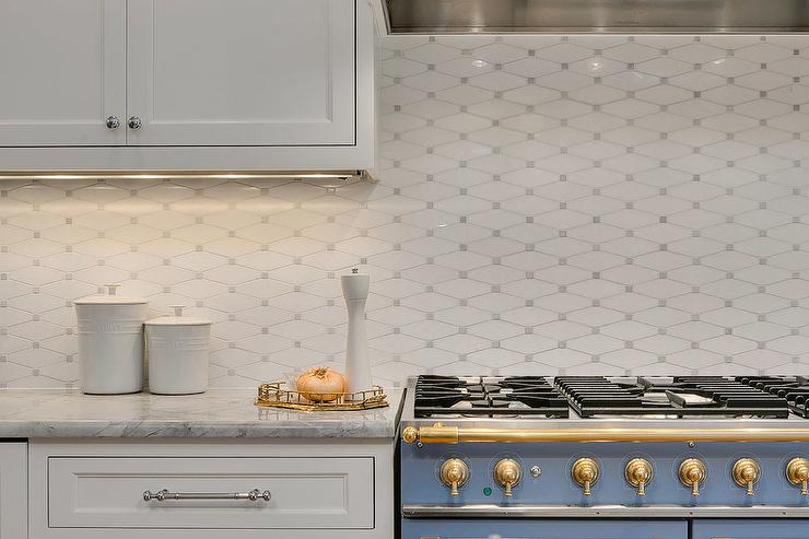 white and gray diamond kitchen backsplash tiles design ideas rh decorpad com Floral Tile Backsplash Pattern Tile Backsplash Ideas