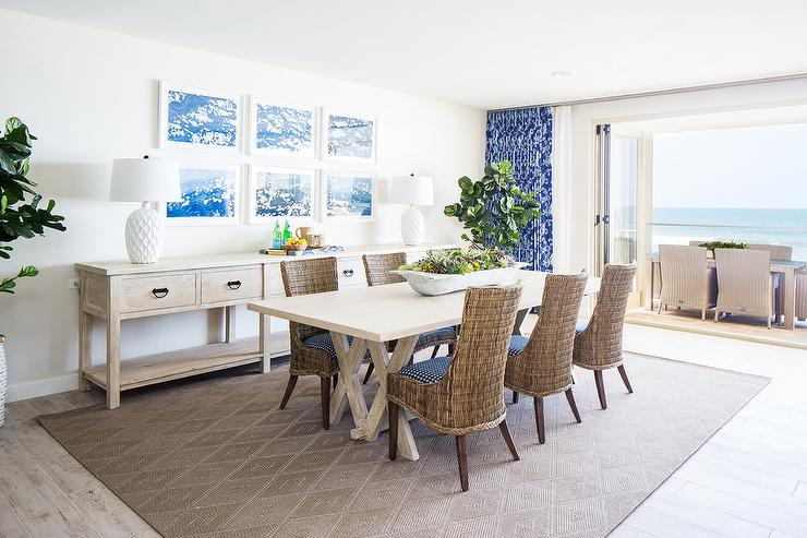 Superbe Brown And Blue Beach Style Dining Room