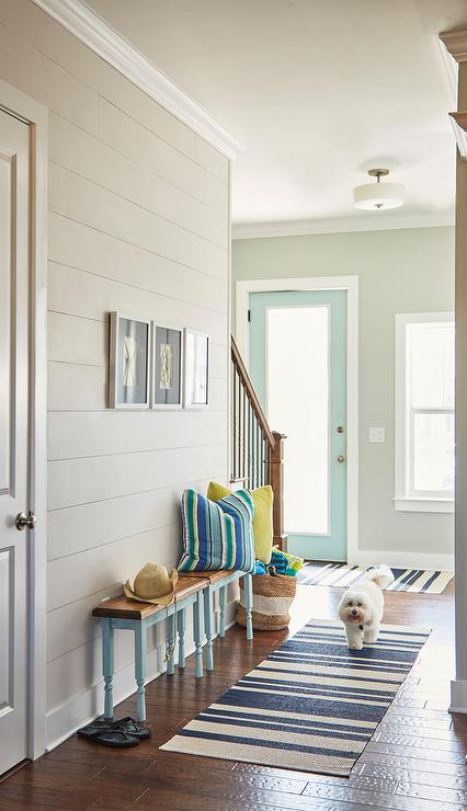 Gray Shiplap Walls Design Ideas