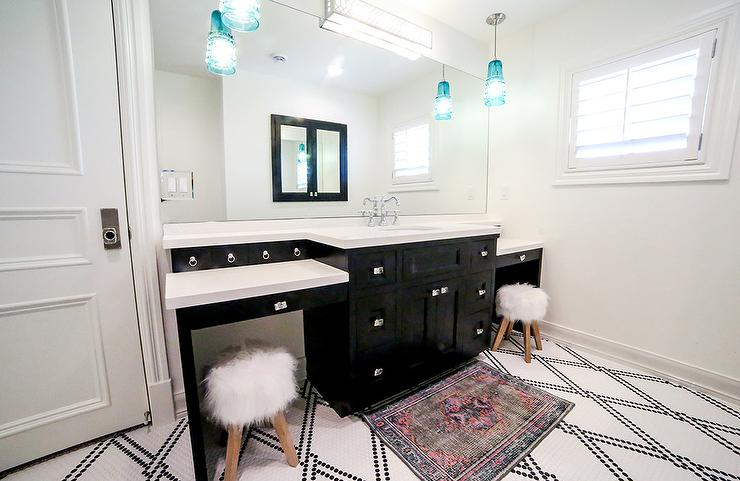 Black And White Mixed Penny Tile Floor Transitional Bathroom