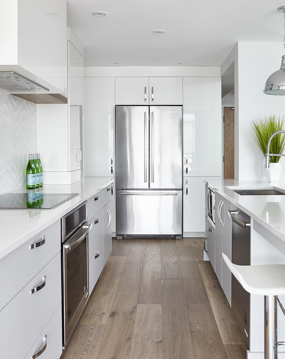 Flat Kitchen Designs: Extra Long Gray Kitchen Peninsula With Sink