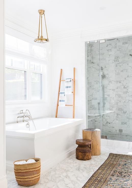 Wonderful Towel Ladder Next To Rectangular Bathtub