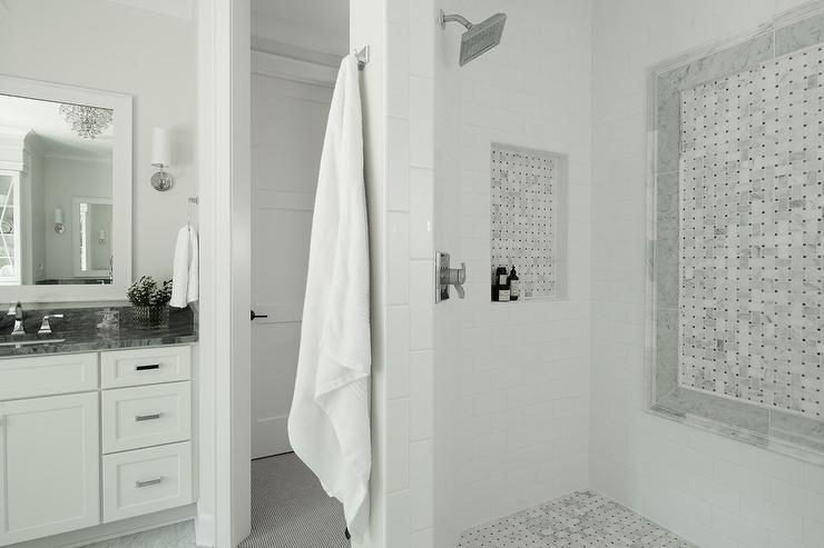 Marble Basketweave Shower Accent Tiles