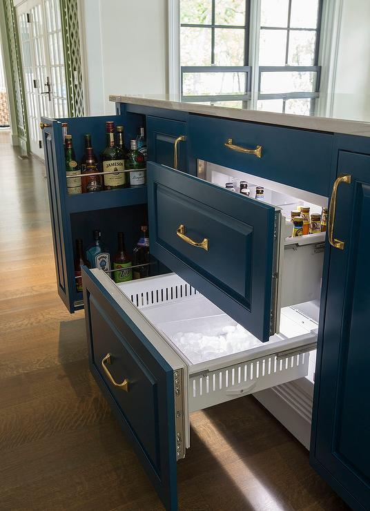 Pull Out Tray Under Coffee Maker Design Ideas
