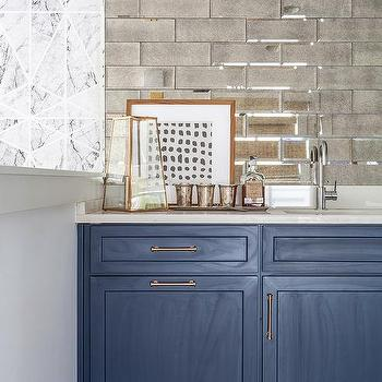 Wet Bar Mirror Backsplash Design Ideas