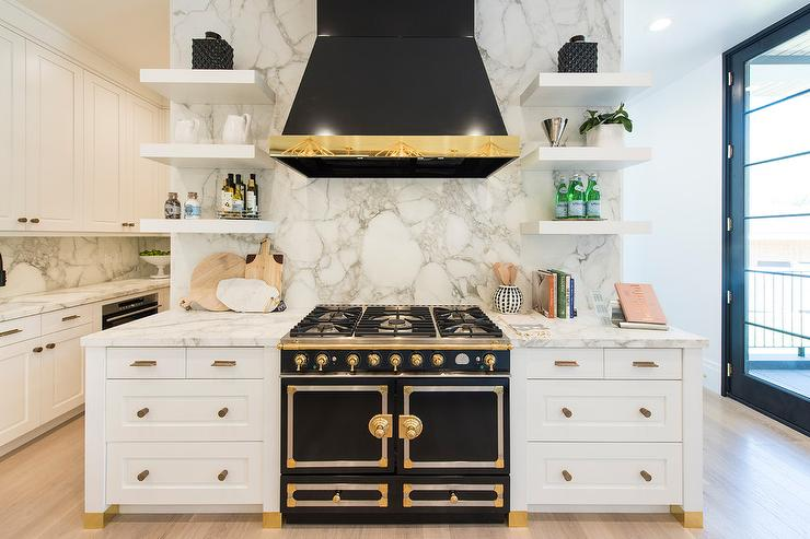 White Enamel Kitchen Hood Design Ideas