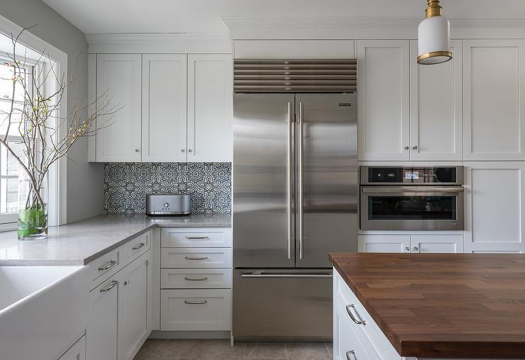 Light grey kitchen cabinets contemporary kitchen for Award winning kitchen island designs