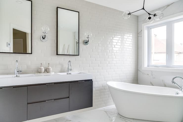 Bathroom Mirrors White: Modern Freestanding Bathtub In Front Of Marble Wall