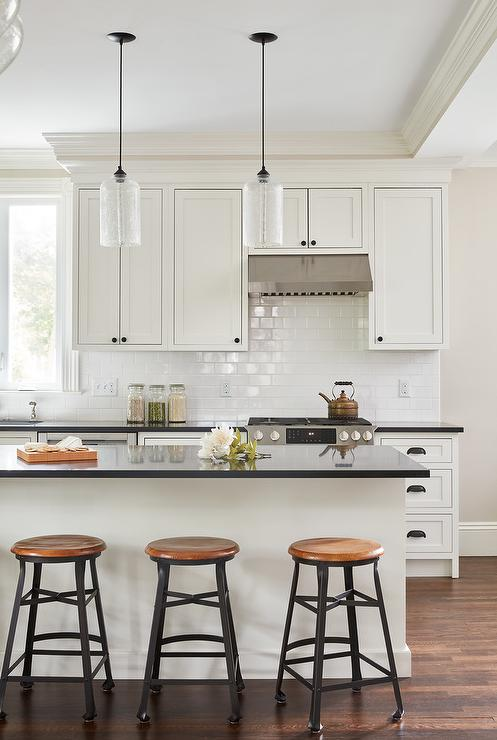 Off White Shaker Cabinets With Pure White Subway Tiles Transitional Kitchen